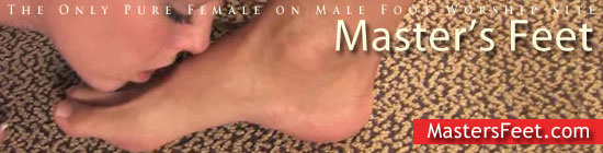 female worships male feet